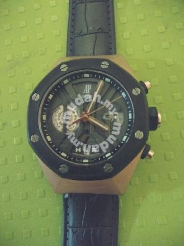 Jam tangan - Watches   Fashion Accessories for sale in Bukit Bintang ... 3d68005bc3