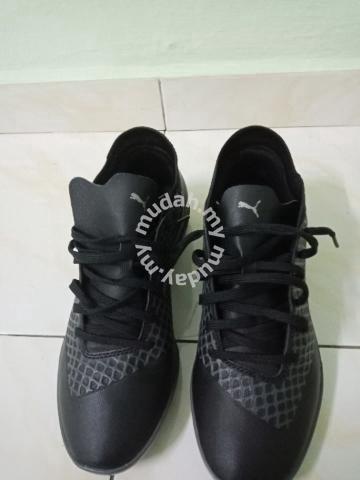 Kasut Futsal Puma Future 2.3 blackout - Shoes for sale in Masjid Tanah 54b4cbd1a1