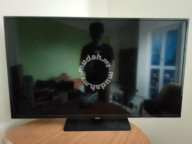 Samsung Smart Tv 32 Inch Tv Audio Video For Sale In Penampang Sabah