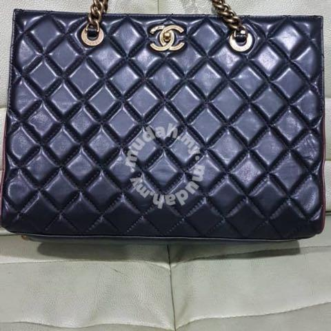 db0e1325dfa252 CHANEL BAGS (authentic chanel brand) - Bags & Wallets for sale in ...