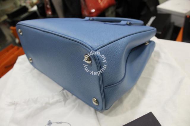 Prada 1BA863 Saffiano Lux Tote - Bags   Wallets for sale in Bukit Bintang 66dd0027f7603
