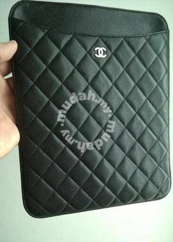 8e010aa4183d CHANEL Clutch Bag Case Beg Tangan Purse - Bags   Wallets for sale in Gombak