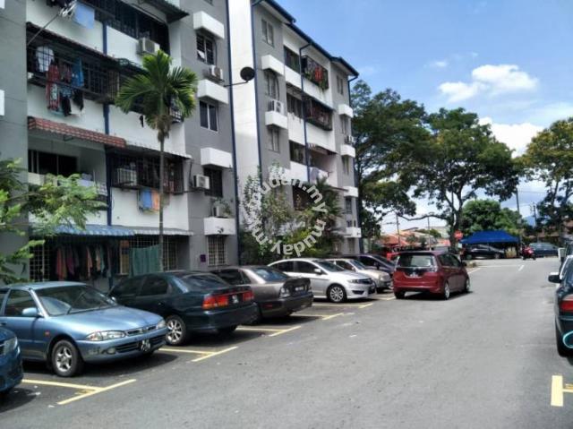 Below Market Pinggiran Apartment Batu Caves 760sf 3r2b Sri Gombak
