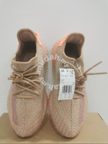 official photos 6c54b 541b7 Original Adidas Yeezy Boost V.2 CLAY - Shoes for sale in Gelang Patah, Johor