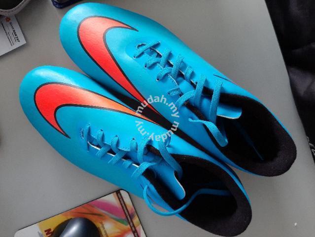newest 71273 b4cab Boot Nike HyperVenom