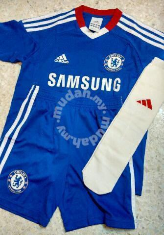 finest selection f9435 9bc53 Chelsea Adidas Kids Home Jersey Full Set 2010 - Clothes for sale in Taman  Desa, Kuala Lumpur
