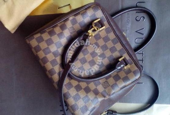 Louis Vuitton LV Handbag lv Sling Beg Lv bag - Bags   Wallets for ... 939953c1aa22b