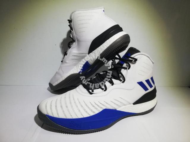 best service c02e0 05a29 ... Adidas D rose 8 D rose 8 size UK 9.5 - Shoes for sale in Gombak
