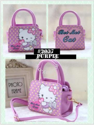 1f479bfd4ce3 ... check out ecc75 5b35c Cute Girl Hello Kitty Handbag bag sling bag 2037  - Moms Kids ...