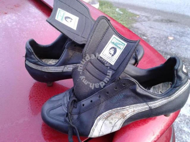 dee0920b82f Puma vintage maradona collection boot - Sports   Outdoors for sale in  Bangi