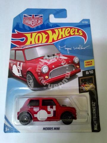 Hotwheels 2018 Morris Mini Recolor Hobby Collectibles