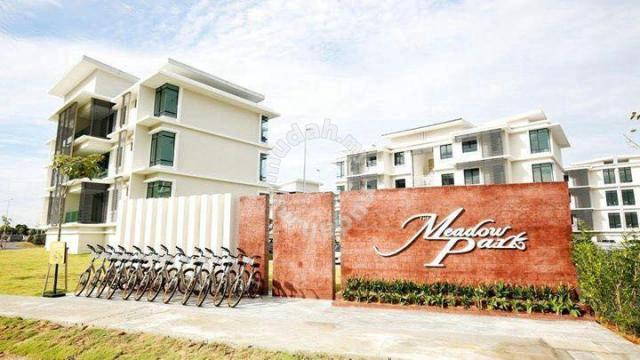 Find room for rent homestay for rent near utar middle room at