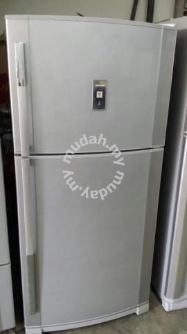 Sharp 2 Pintu Peti Ais Refrigerator