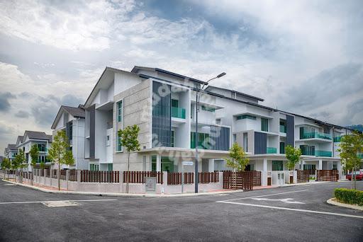 [below market 150k]3storey semi-d freehold taman 1080 kajang selangor