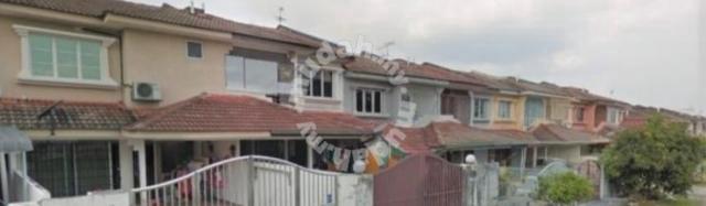 Partial furnished 2sty house taman tanming jaya balakong selangor