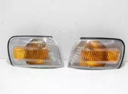 Toyota Corolla AE110 Corner light lamp 96-00 - Car Accessories & Parts for  sale in Puchong, Selangor