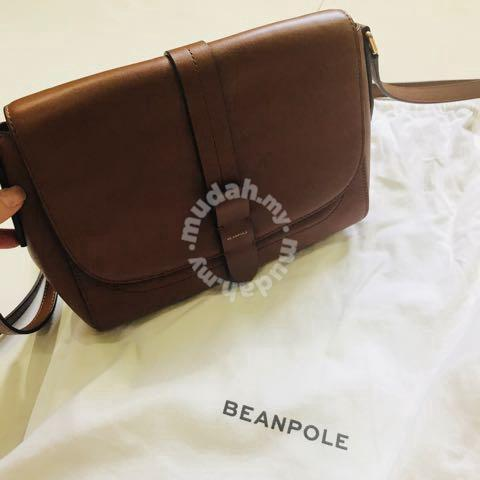 Korea Beanpole sling bag - Bags   Wallets for sale in Mid Valley City ... 7587cd53069ca