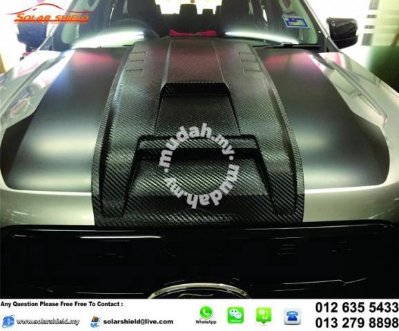 Nissan Navara NP300 Front Bonnet Scoop Carbon