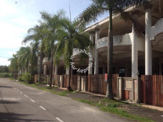 SUNGAI BAKAP House for Sale. 2.5 storey | 5 bedroom 3 bathroom - Houses for sale in Sungai Bakap, Penang