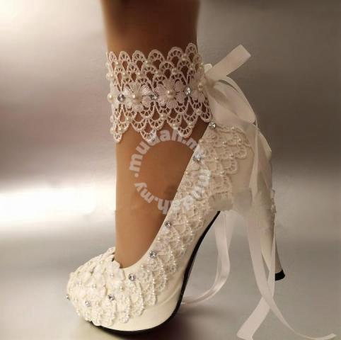 Diy Lace Applique Shoes