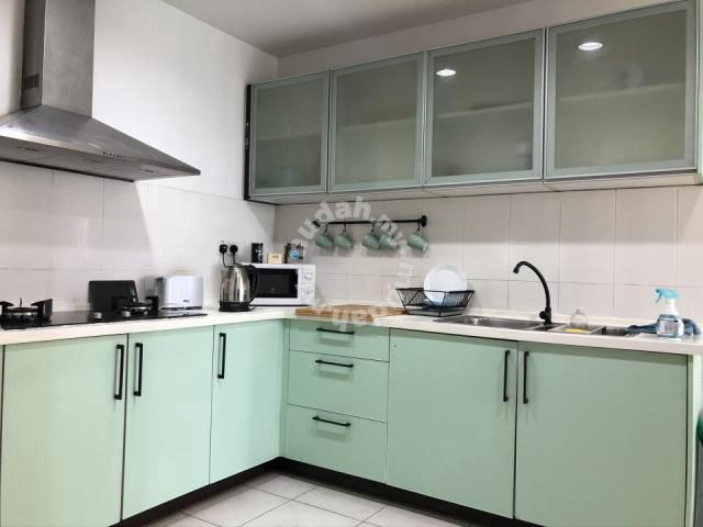 Rumah Sewa Seruling Apartment Presint 5 (4 Bedrooms)