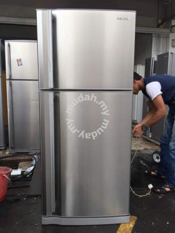 Hitachi 2 Doors Fridge Refrigerator Peti Sejuk Home Liances Kitchen For In Others Kuala Lumpur
