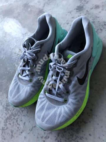 Nike Sport Shoe Original - Shoes for