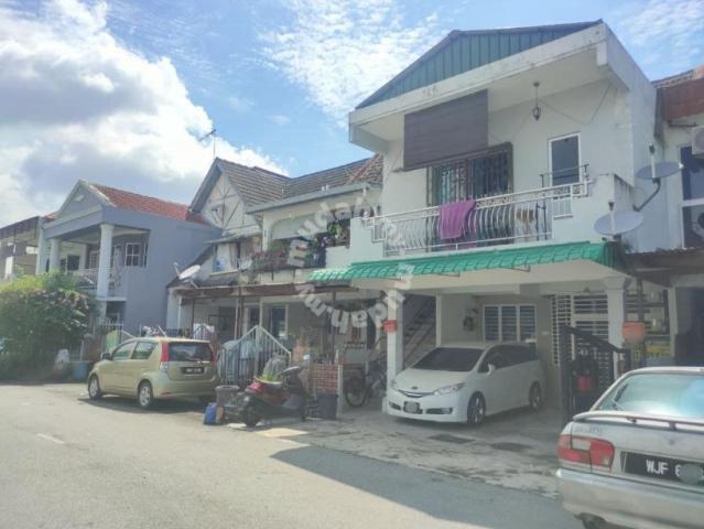 Taman Bukit Teratai, GROUND FLOOR TownHouse, Ampang Selangor