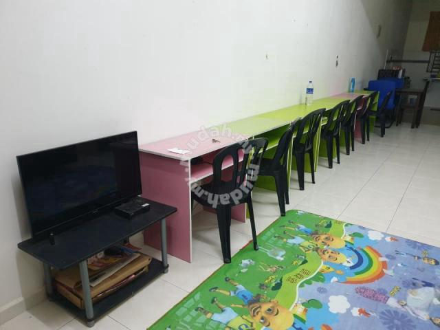 Housemate di Taman Lipat Kajang Perdana Dicari