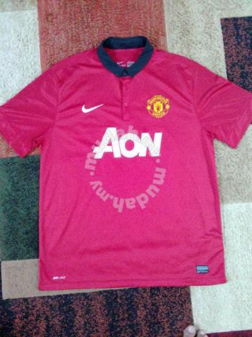 wholesale dealer 225bd 0ff75 2013-2014 Manchester United Nike Home Kit Jersey - Sports & Outdoors for  sale in Serdang, Kuala Lumpur