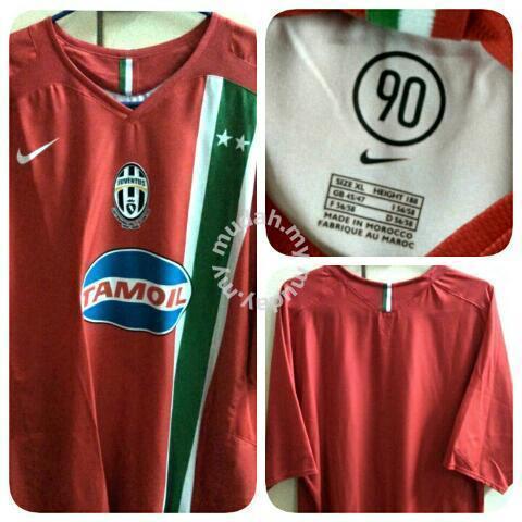 buy popular caa15 2f6de Juventus Nike Away Kit 2005-2006 Jersey XL Ori - Clothes for sale in Taman  Desa, Kuala Lumpur