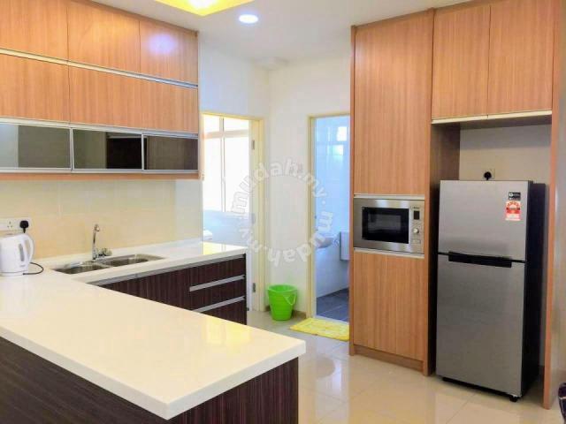 Proper Kitchen Cabinet Built In 2 Bedroom Vista Alam Shah Alam Apartments For Rent In Shah Alam Selangor Mudah My