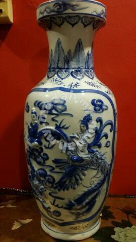 Chinese Vintage Blue White Porcelain Vase Slg Hobby Collectibles