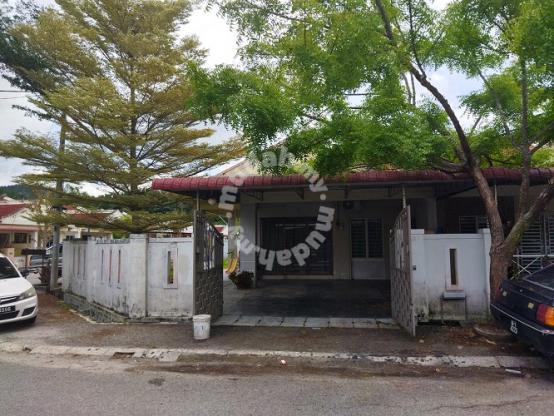 Rumah Setingkat (Corner Unit) di Taman Kledang Sungai Siput