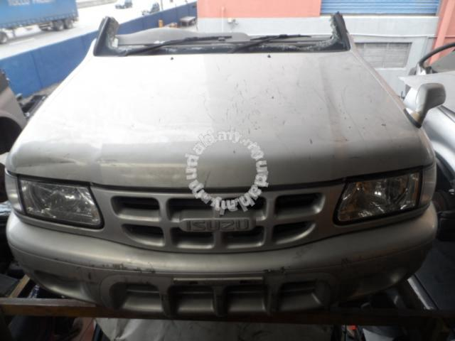 JDM HalfCut Isuzu Wizard UES25FW 6VD1 AT 4WD 3 2L - Car Accessories & Parts  for sale in Puchong, Selangor
