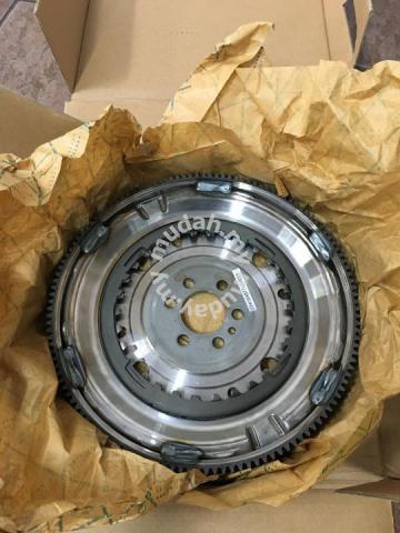 Audi Volkswagen 1 4TSI VW 7Speed DSG DMF Flywheel - Car Accessories & Parts  for sale in Ara Damansara, Selangor