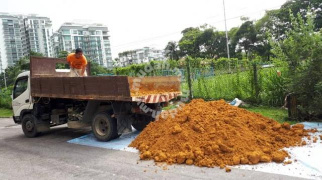 Ton Of Topsoil >> Topsoil 3 Ton Lorry Garden Items For Sale In Old Klang Road