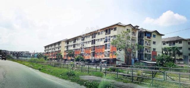Panorama Lapangan Perdana Flat For Sale