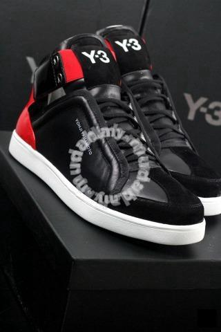 b726f7760d7af Men Yohji Yamamoto sports shoes Y-3 - Shoes for sale in OUG