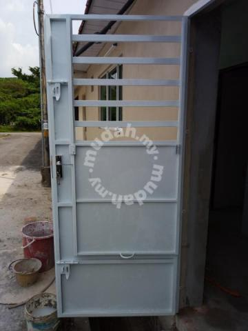 Pintu Besi 3x7 Furniture Decoration For Sale In Ipoh Perak Mudah My Mobile