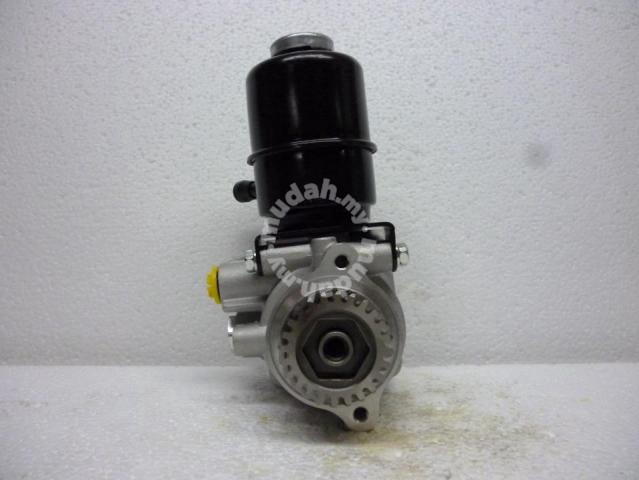Power Steering Pump MITSUBISHI 4M41 3 2 PAJERO V78 - Car