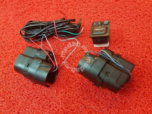 Toyota vios side mirror auto fold motor switch - Car Accessories & Parts  for sale in Setapak, Kuala Lumpur