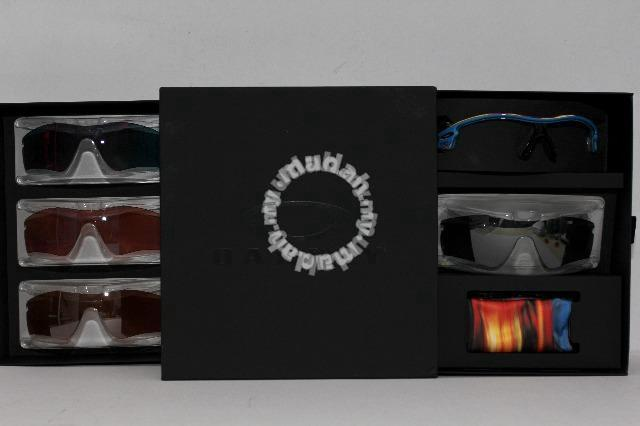 who makes oakley watches k9rm  Oakley Radar Distressed Blue Exclusive Gift Box