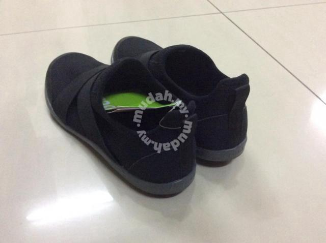 6dda293dafbb7 Original Crocs Swiftwater Cross Strap Static Women - Shoes for sale in  Setiawangsa