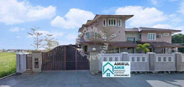 Rumah bunglow cantik di taman suria, mentaloon untuk dijual