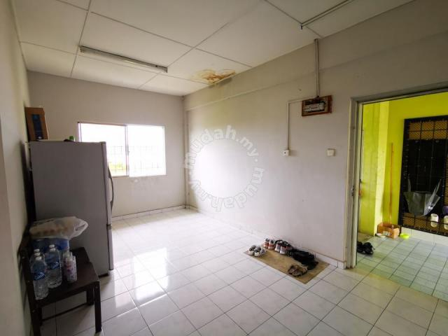 Nounton Apartment 3rd Floor   Partially Furnished   Kolombong