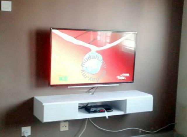 Kabinet Tv Gantung Dinding Rumah Nampak Kemas Furniture Decoration For In Johor Bahru