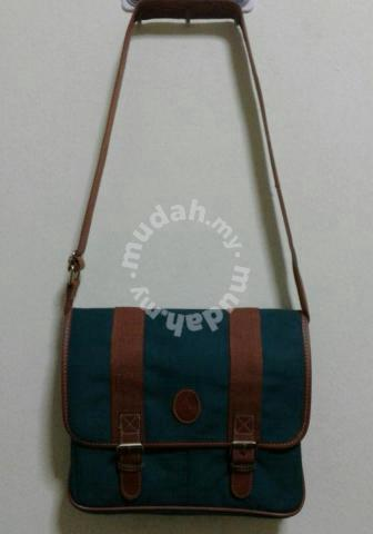 a3306067744 VINTAGE SMALL GREEN BAG POLO RALPH LAUREN 90s - Bags   Wallets for sale in  Ampang, Selangor