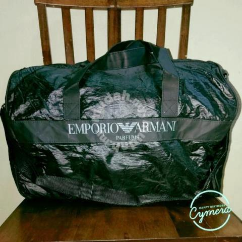 Traveller Bag Emporio Armani Parfums - Bags   Wallets for sale in Wakaf Baru fc3bde5734622