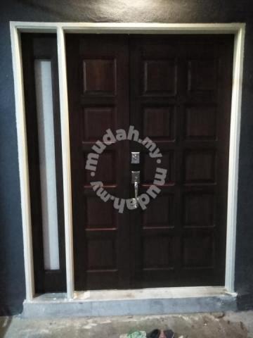 Tukang Pintu/ tukang kayu/ Carpenter/ cat rumah - Services